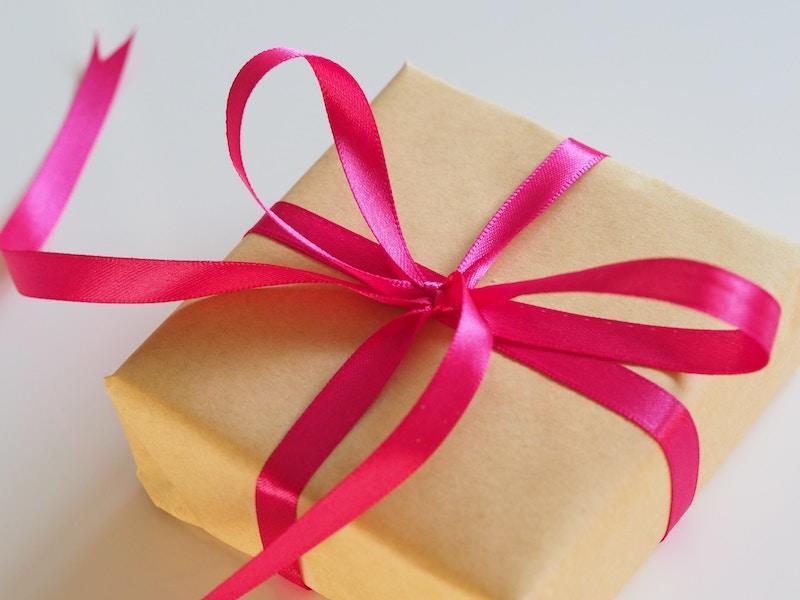 Our Top 13 Appreciative Housewarming Gift Ideas!